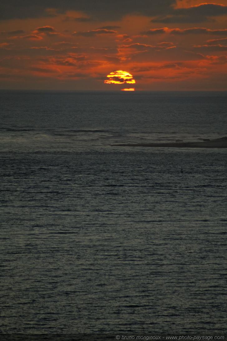 Landes Coucher De Soleil Au Dessus De L Ocean Atlantique 4