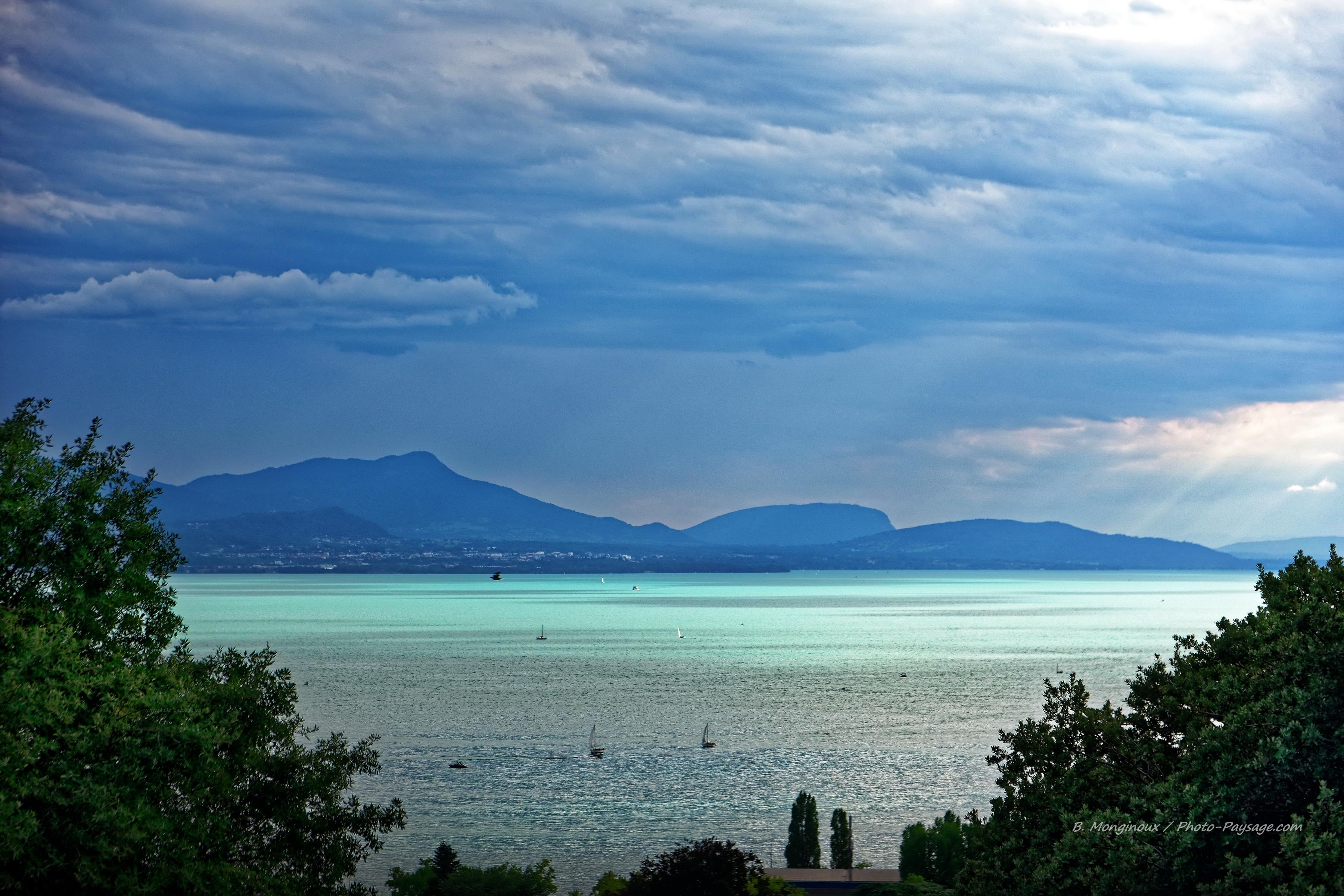 Ete Un Rayon De Soleil Sur Le Lac Leman Photo Paysage