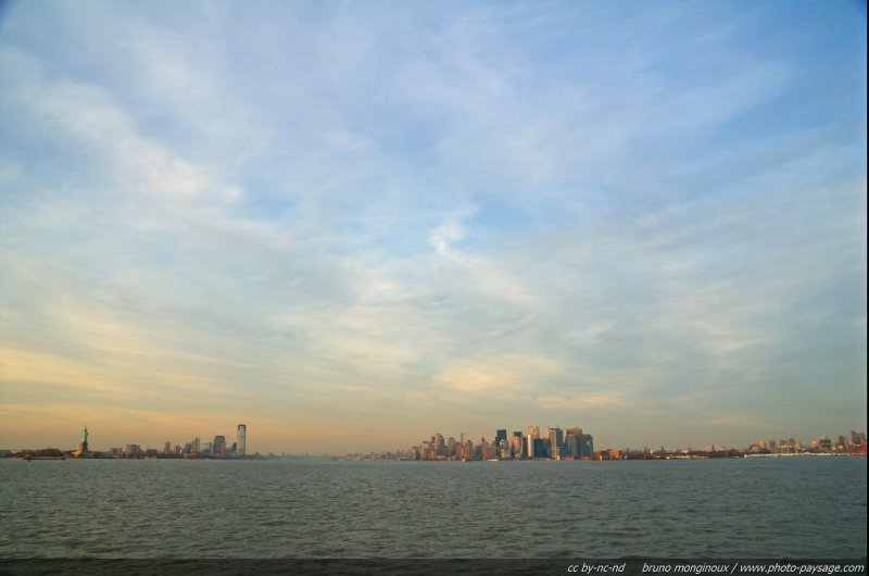 normal baie de new york usa Photo du jour : panorama sur la baie de New York