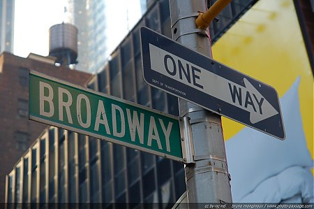 broadway-one_way.jpg