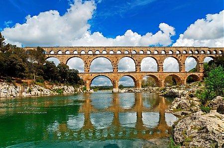 Le_Pont_du_Gard-04.jpg