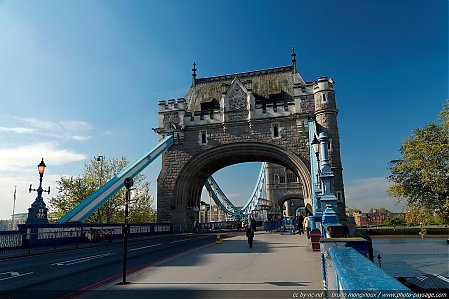 Londres_-_Tower_Bridge_-_01.jpg