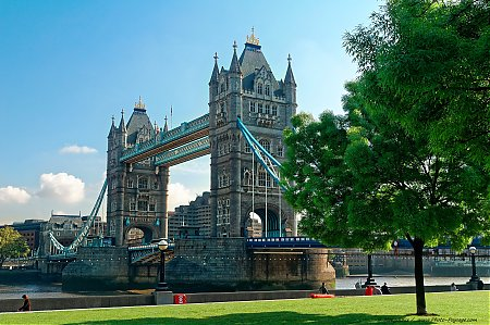 Londres_-_Tower_Bridge_-_08.jpg
