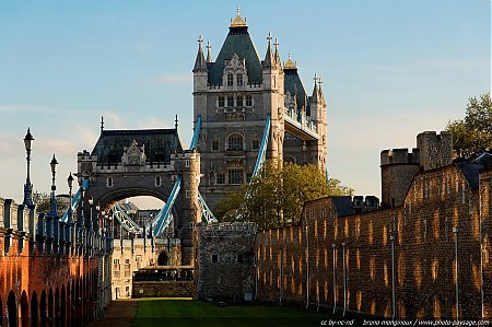 Londres_-_Tower_Bridge_-_26.jpg