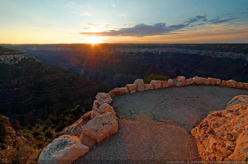 Lever de soleil photographié depuis Bright Angel Point (North Rim). Grand Canyon National Park, Arizona, USA