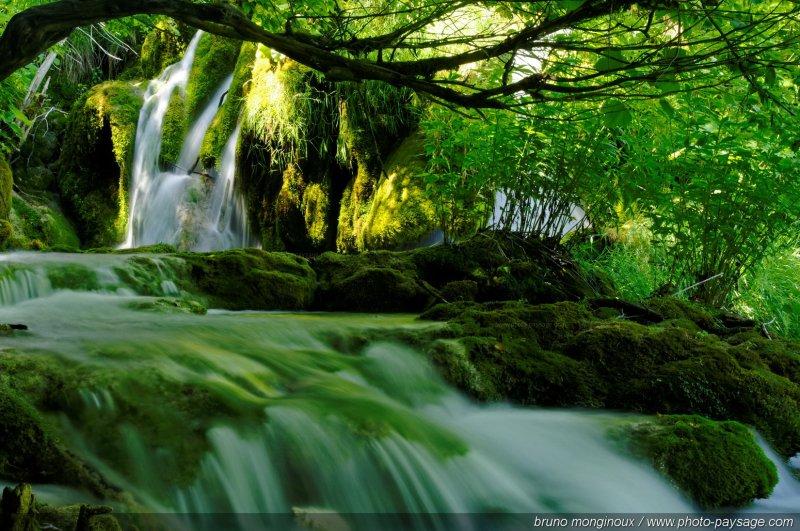 Cascades - De l'eau qui coule... - Photo-Paysage.com Photo ...