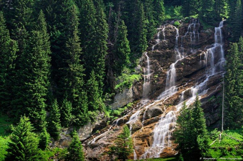 Et enfin la superbe cascade des Brochaux, pour terminer en beauté cette petite randonnée.