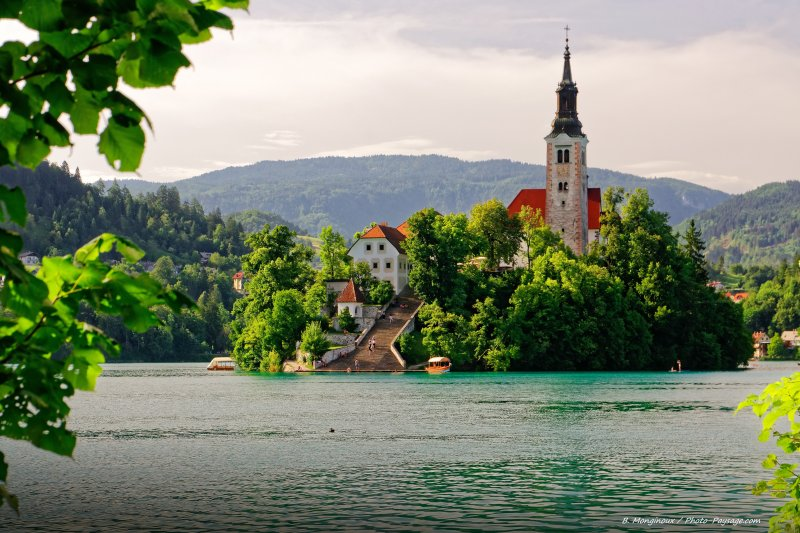L'église néogothique du XV° siècle située sur l'île de Bled.