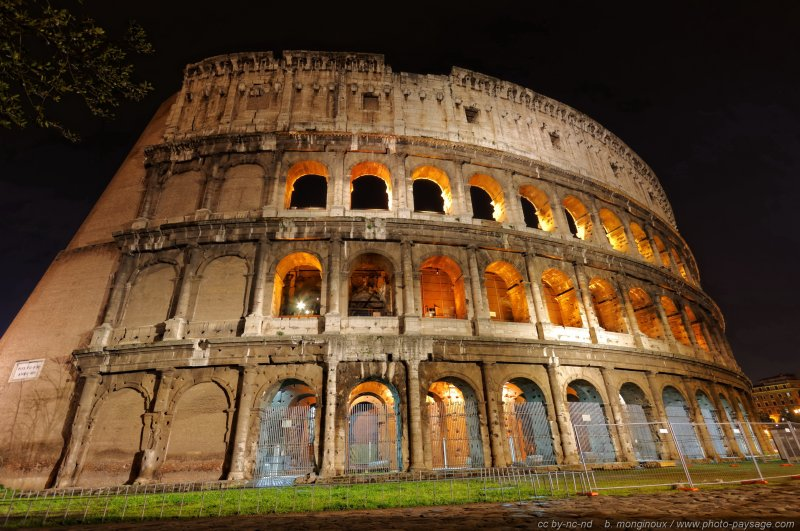 Rome - le Colisée by night - 3 - Rome, Italie