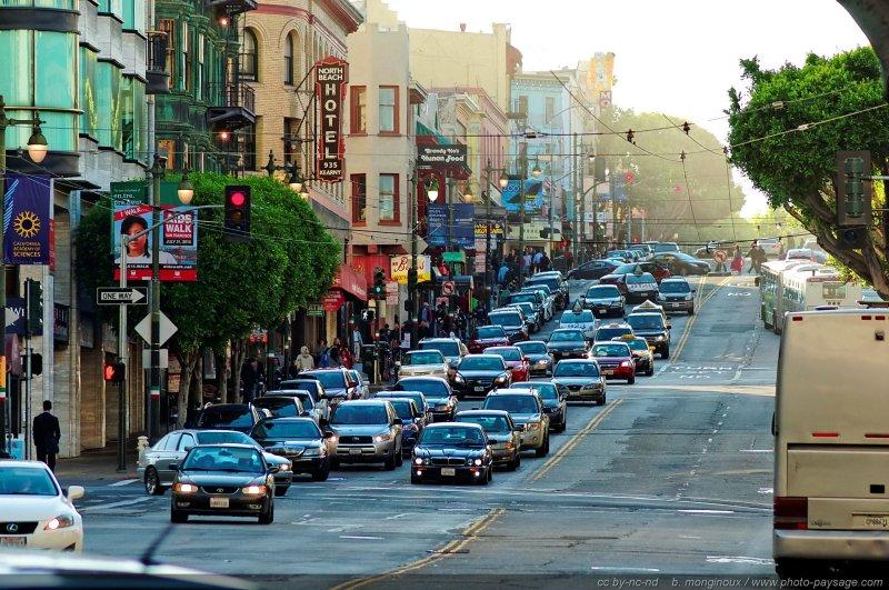 un embouteillage dans les rues de san francisco san francisco californie usa. Black Bedroom Furniture Sets. Home Design Ideas