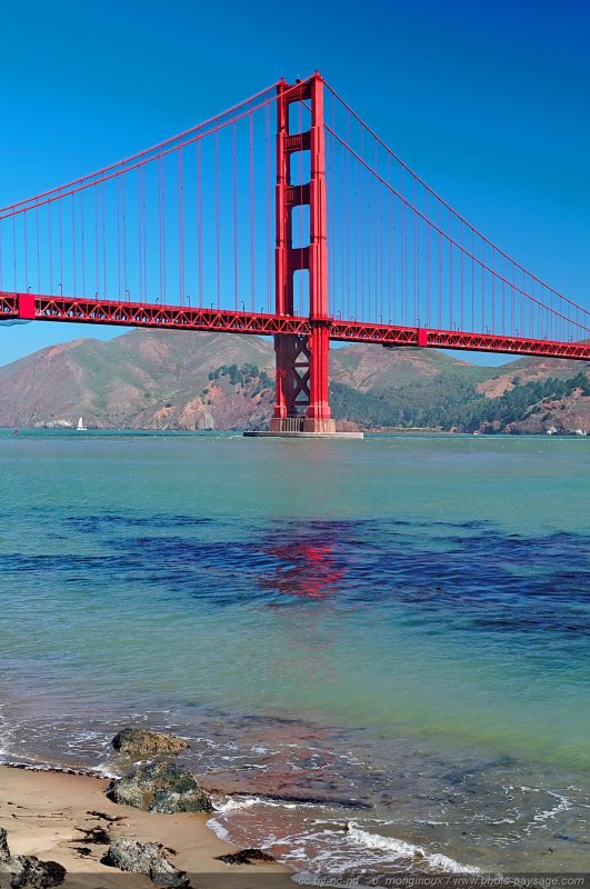 Un pillier du Golden Gate - San Francisco, Californie, USA