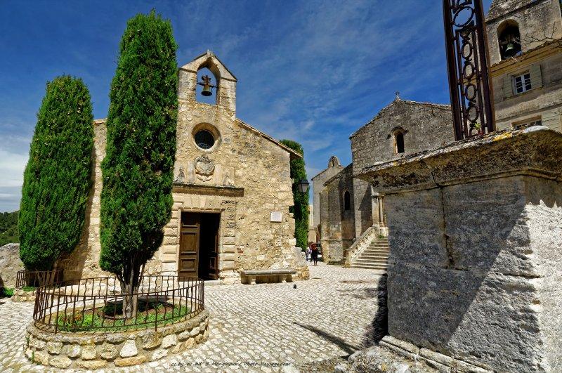 Une petite glise aux baux de provence bouches du rh ne - Office du tourisme des baux de provence ...