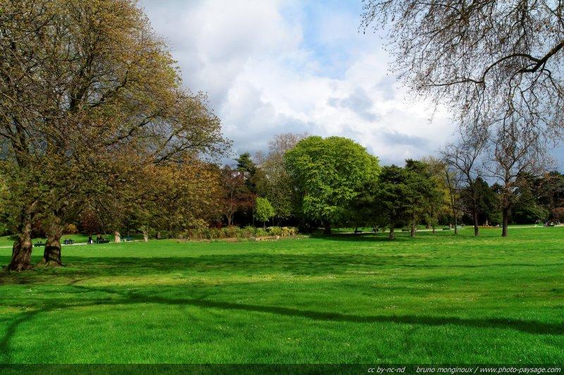 La nature au coeur de paris parc montsouris paris france for Jardins et espaces verts