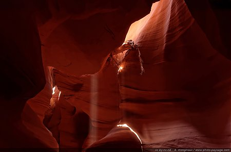 Antelope_Canyon-Arizona-USA-2.jpg