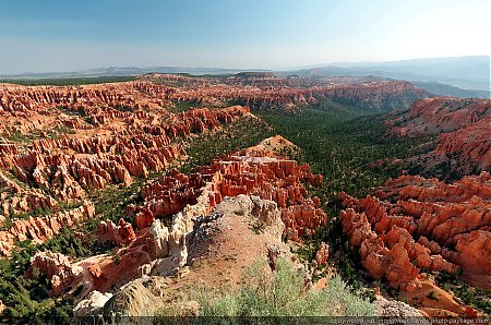 Bryce-Point---un-panorama-impressionnant-sur-les-hoodoos.jpg