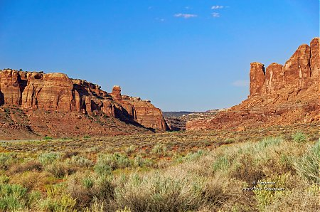 En-route-vers-Island-in-the-Sky---Canyonlands.jpg