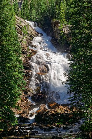 Hidden-falls-Parc-national-de-Grand-Teton.jpg