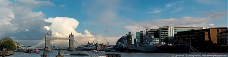 La Tamise, Le Tower Bridge et le HMS Belfast  - vue panoramique