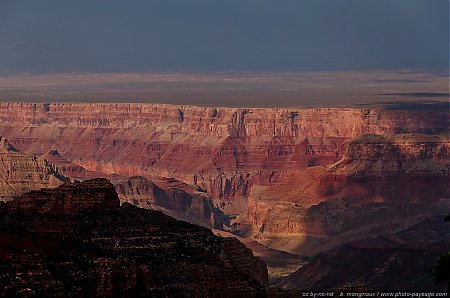 Le-Grand-Canyon---falaises-de-South-Rim.jpg