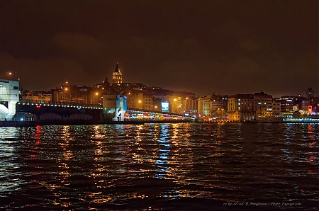 Le Pont Galata - Istanbul by night - 2