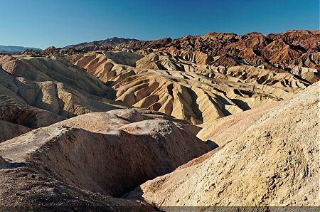 Les-couleurs-multiples-de-Zabriskie-Point.jpg