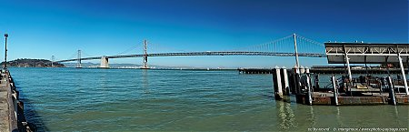 Oakland_Bay_Bridge---San-Francisco----vue_panoramique-depuis-de-port.jpg