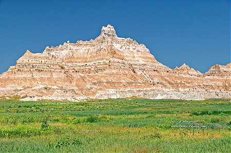 Parc-National-des-Badlands---01.jpg