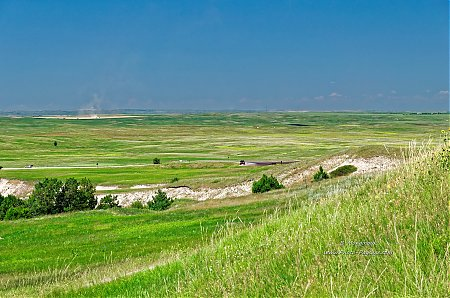 Prairie_dans_le_Parc_National_des_Badlands2C_Dakota_du_Sud2C_USA.jpg