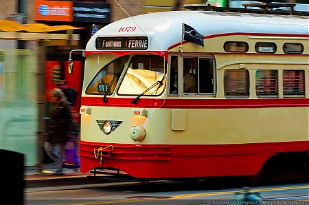 Trolley-bus-a-San-Francisco.jpg