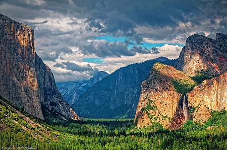 Vallee_de_Yosemite-photographiee-depuis-Tunnel_View.jpg